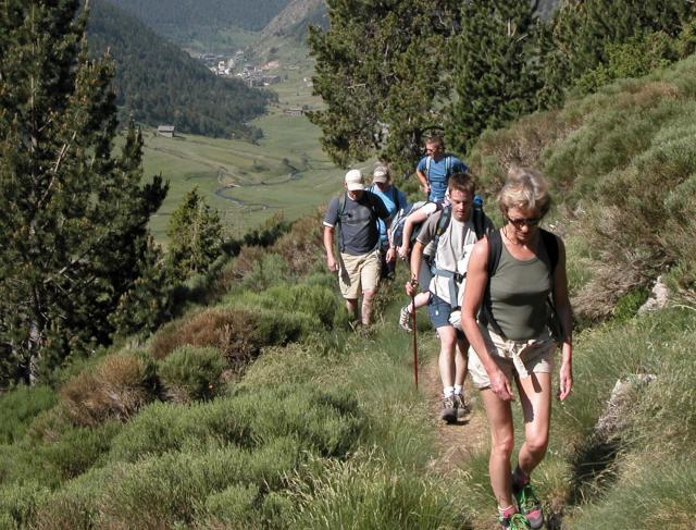 france_pyrenees_hiking